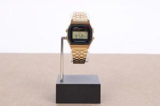 Foto van Casio Vintage A159Wgea-1Ef Watch A159Wgea Goud