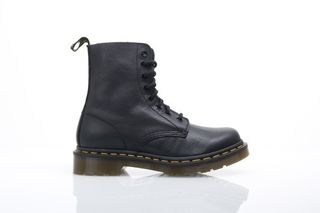 Foto van Dr. Martens Ladies 13512006 Boots Pascal Black Virginia