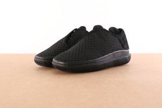 Foto van Clear Weather Crw-004-Bbb Sneakers Convx Zwart