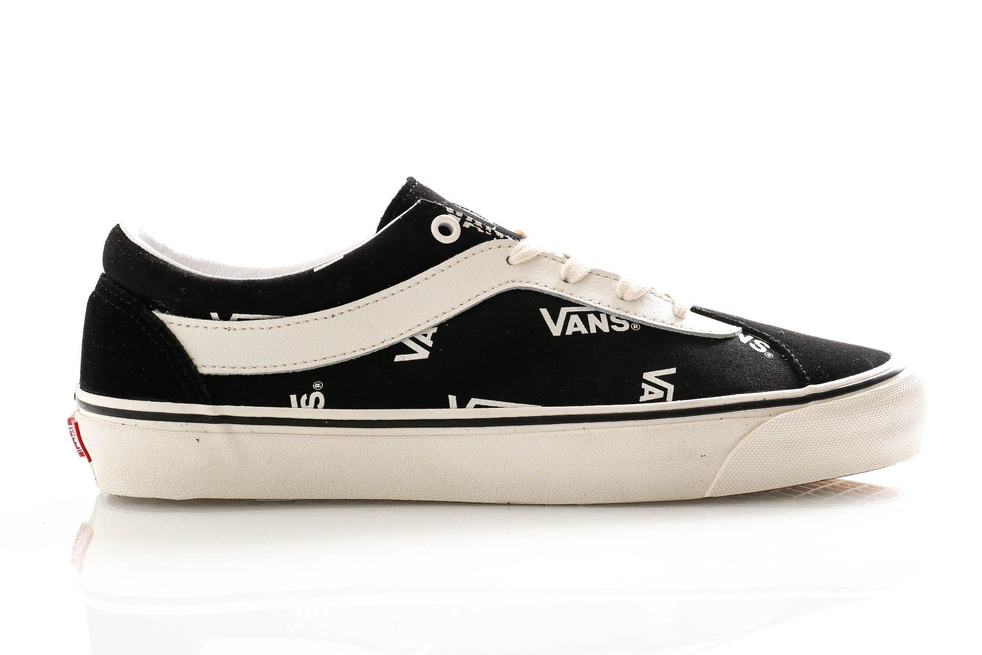 Afbeelding van Vans Sneakers Ua Bold Ni (Vans Block) Blk/Marshmlw VN0A3WLPWQW1