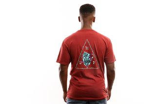 Foto van Huf Dystopia Tt S/S Tee Ts00793-Rwred T Shirt Rose Wood Red