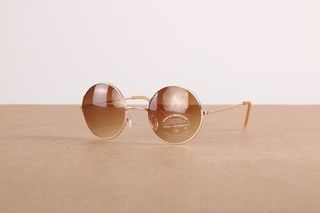 Foto van Icon Eyewear 5068631716337 Sunglasses 30446-R Goud