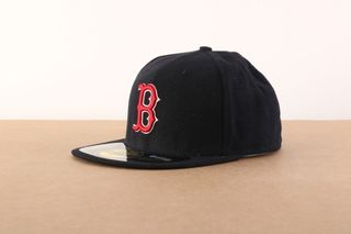 Foto van New Era Fitted Cap Boston Red Sox Authentic Boston Red Sox BASIC