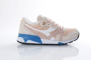 Foto van Diadora 501.171.853-C7376 Sneakers N9000 Iii Bisque/Bleached Sand/Vivid Blu