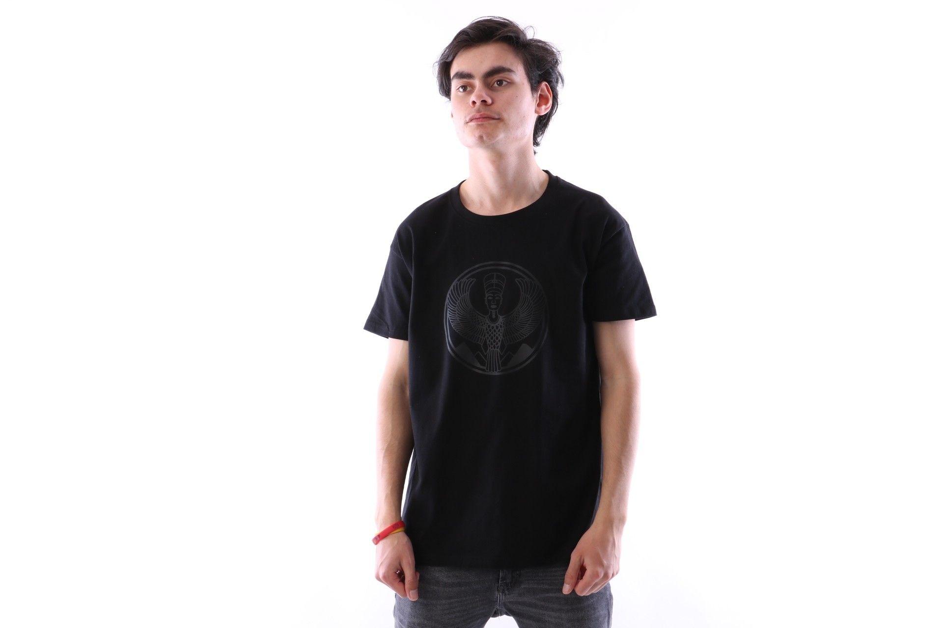 Afbeelding van Pharaoh Official T-Shirt Black On Black Zwart