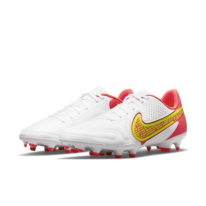 Afbeelding van Nike Tiempo Legend 9 Club MG White Bright Crimson