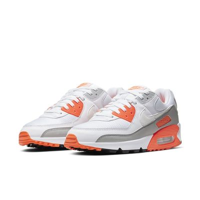 Foto van Nike Air Max 90 White Hyperr Orange