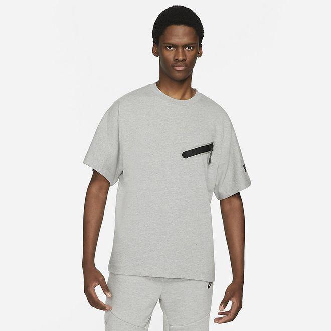 Afbeelding van Nike Sportswear Dri-FIT Tech Essentials Shirt Dark Grey Heather
