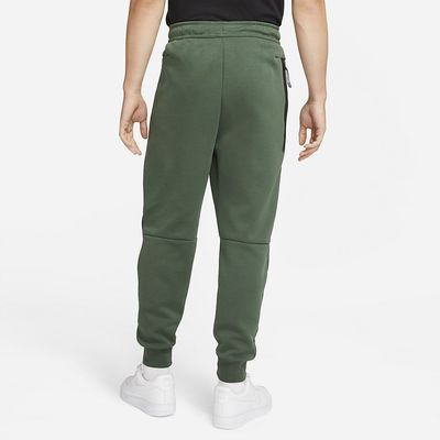 Foto van Nike Tech Fleece Pant Dark Galactic Jade