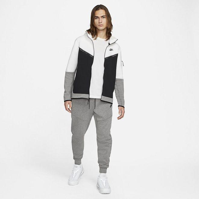 Afbeelding van Nike Sportswear Tech Fleece Hoodie White Black Carbon