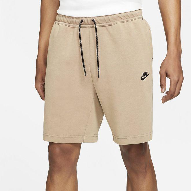 Afbeelding van Nike Sportswear Tech Fleece Short Taupe Haze