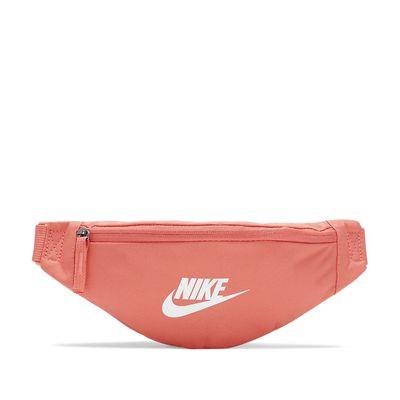 Foto van Nike Sportswear Heritage heuptas Magic Ember