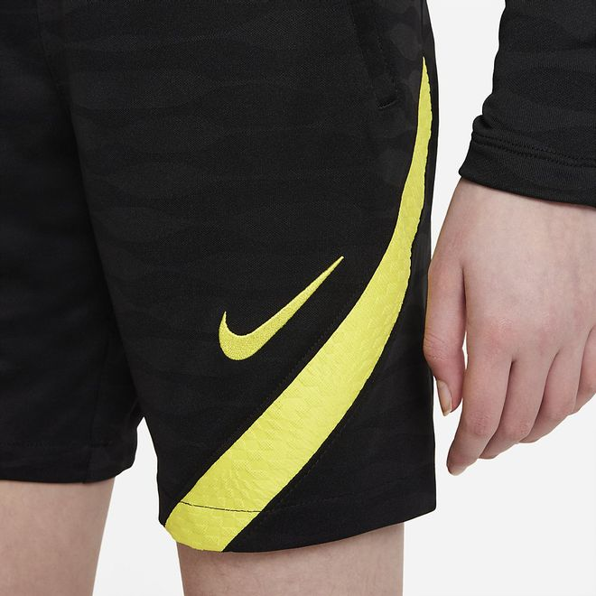Afbeelding van Chelsea FC Strike Zomerset Kids Black Opti Yellow
