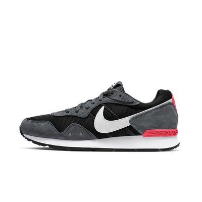 Foto van Nike Venture Runner