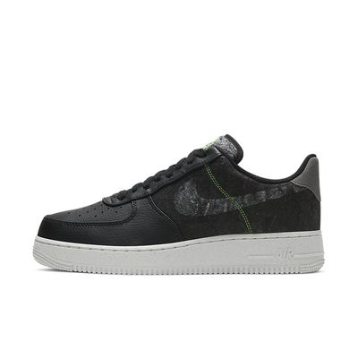 Foto van Nike Air Force 1 '07 Black Light Bone