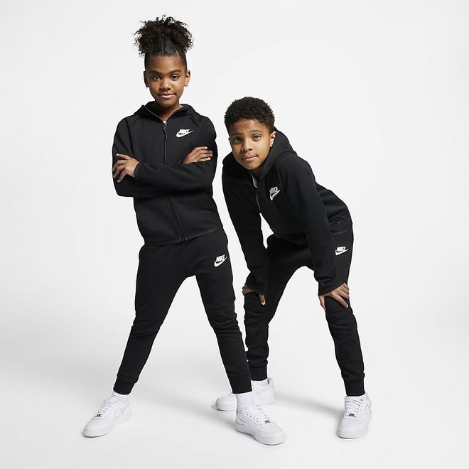 Afbeelding van Nike Sportswear Tech Fleece Black Kids