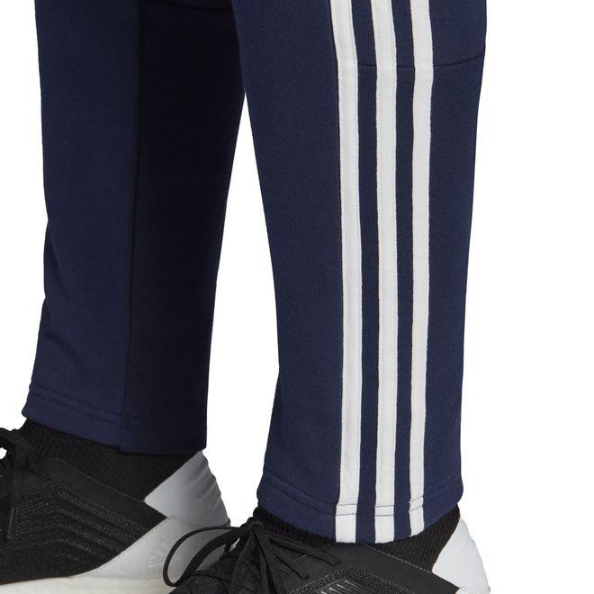 Afbeelding van Real Madrid Seasonal Specials Long Sleeve Tee Set