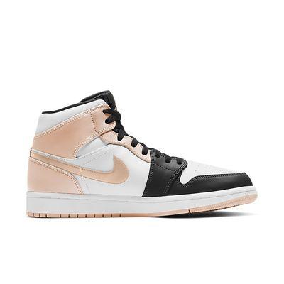 Foto van Nike Air Jordan 1 Mid Black Arctic Orange