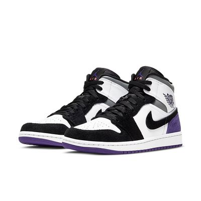 Foto van Nike Air Jordan 1 White Black Purple