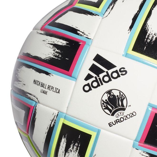 Afbeelding van Adidas Uniforia League Voetbal Giftbox