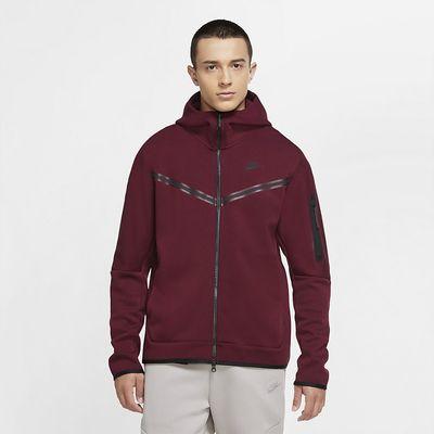 Foto van Nike Sportswear Tech Fleece Hoodie Dark Beetroot