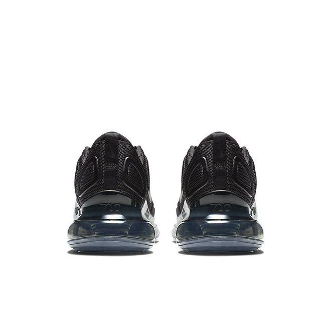 Afbeelding van Nike Air Max 720 Zwart