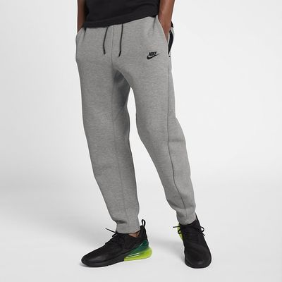 Foto van Nike Sportswear Tech Fleece Pant Dark Grey Heather