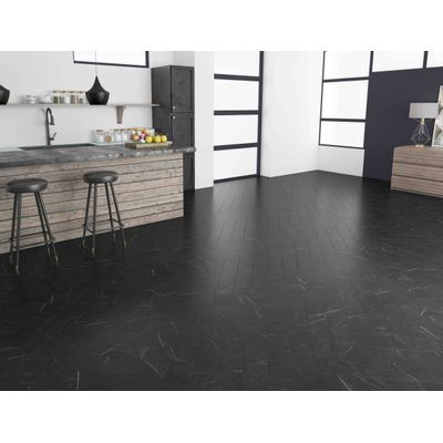 Foto van Rigid Core LVT LF125704 Marble Black Visgraat Click PVC
