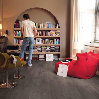 Foto van Quick-Step Classic CLM1657 Havanna Eik Donker Met Zaagsneden