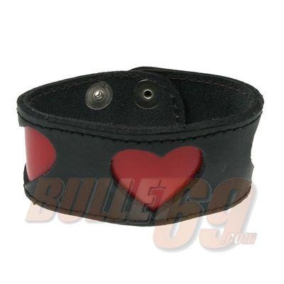 Bullet69 - Leren armband, zwart met rode hartjes