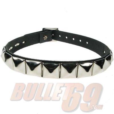 Foto van Bullet69 | Halsband zwart leer met metalen pyramide studs