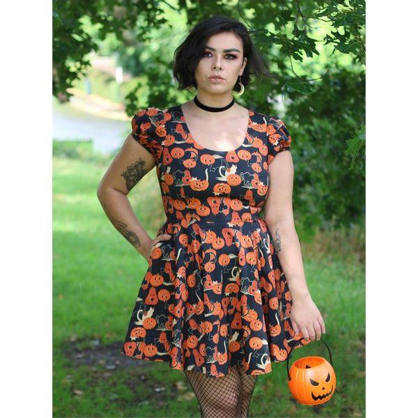 Collectif | Skater jurk Zita met oranje pumpkins en zwarte katjes