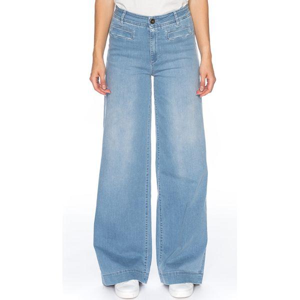 ATO Berlin | lichte Jeans met wijde rechte pijpen Lacy