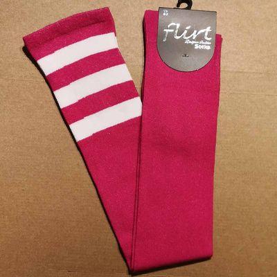 Foto van Flirt | Roze overknee sokken met 3 witte strepen