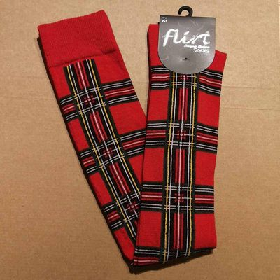 Foto van Flirt   Rode overknee sokken met tartan print