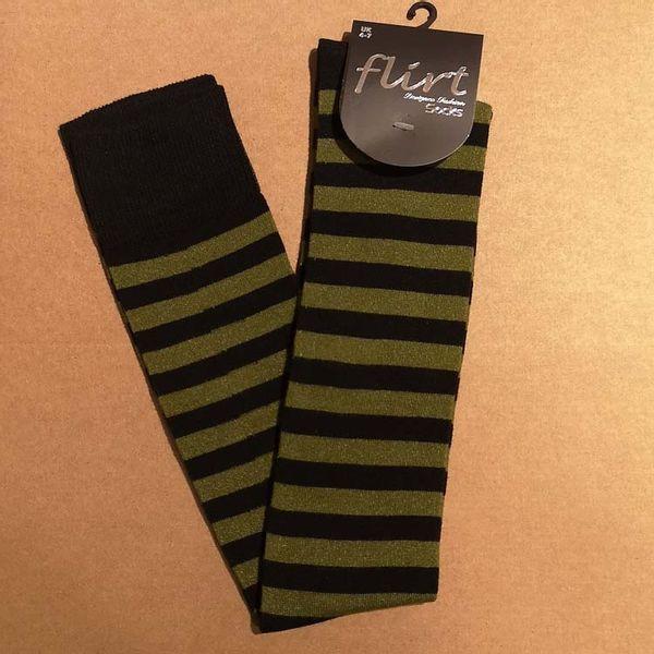 Flirt   Overknee sokken zwart donkergroen gestreept