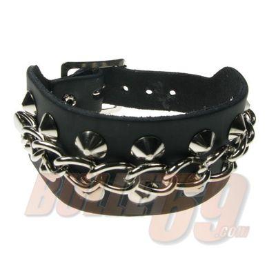 Foto van Bullet69 | Brede leren armband zwart metaalkleur studs en chain