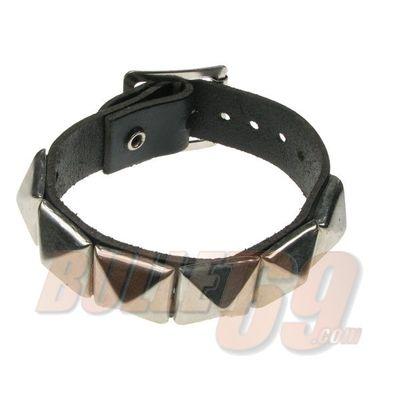 Foto van Bullet69 | Leren armband New zilver pyramide