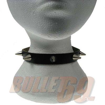 Foto van Bullet69 | Halsband zwart leer met metalen cone studs