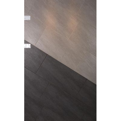Foto van E.K. Moonstone Grey-Black