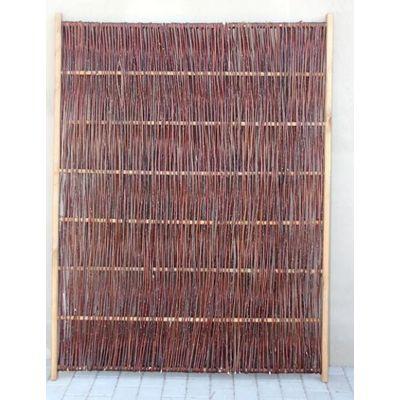 Foto van Wilgenvlechtscherm met houten kader