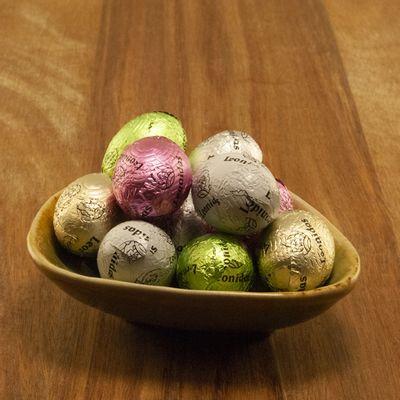 Foto van Leonidas Chocolade Eitjes Gemengd - Wit