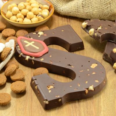 Chocoladeletter puur met hazelnoot suikervrij