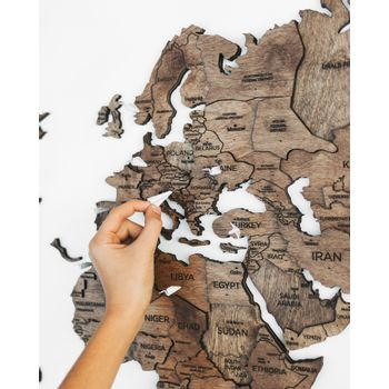 Foto van 3D Wood World Map Full L Walnut