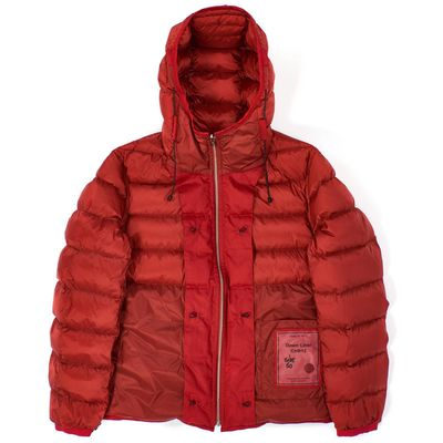 Foto van Ten c Hooded Down Liner Red